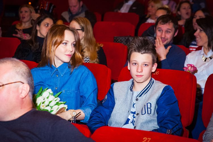 Сын Альбины Джанабаевой - Константин Меладзе фото
