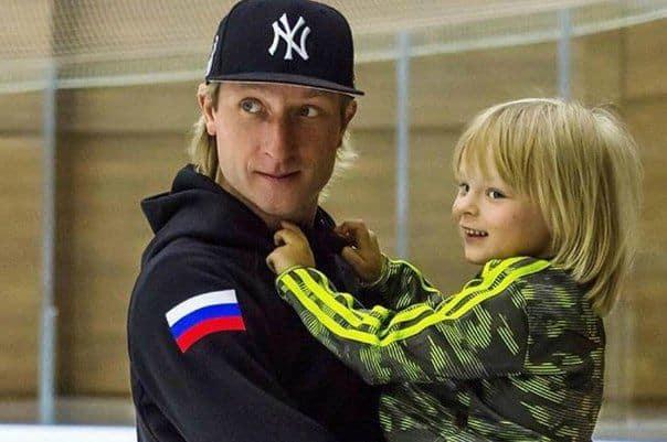 Сын Евгения Плющенко – Александр Плющенко фото