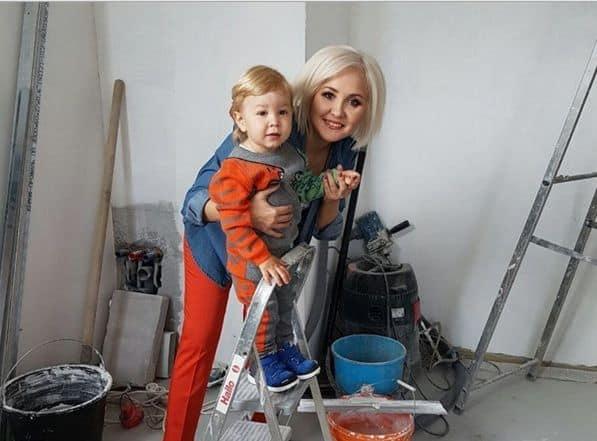Сын Василисы Володиной – Вячеслав фото