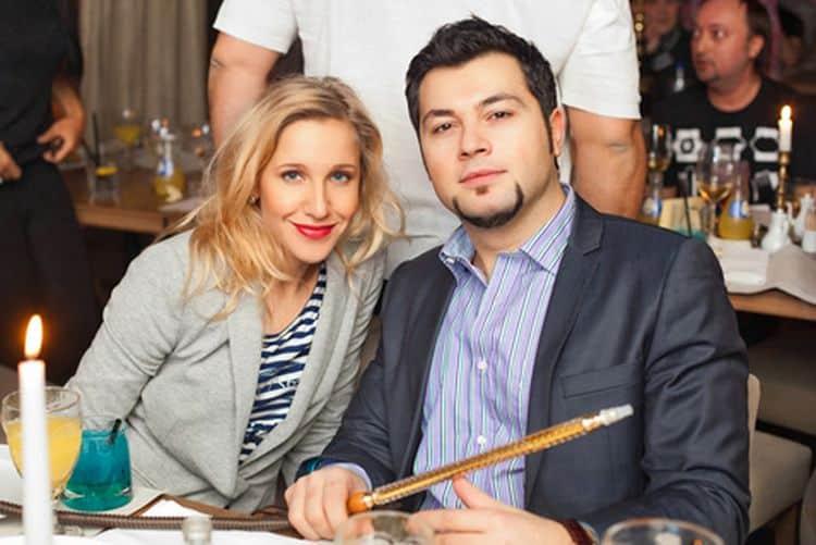 Жена Алексея Чумакова – Юлия Ковальчук фото