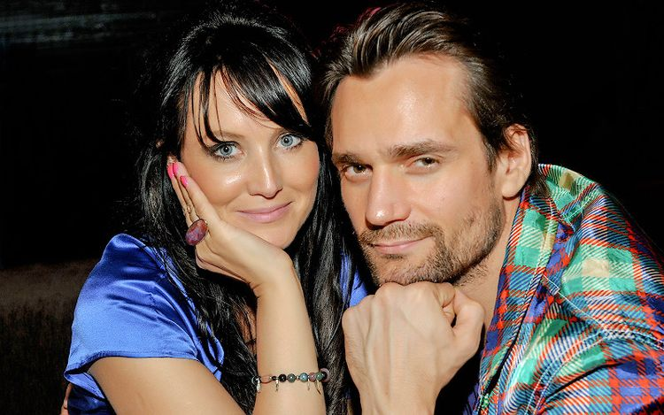 Жена Дмитрия Миллера – Юлия Деллос фото