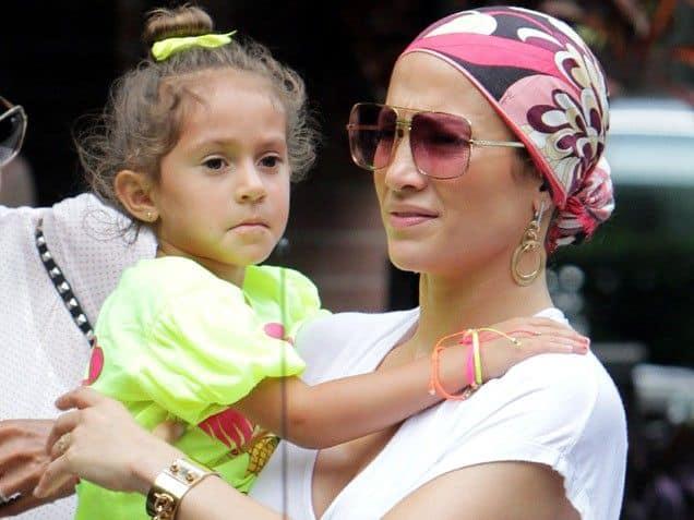 Дочь Дженнифер Лопес – Эмма фото