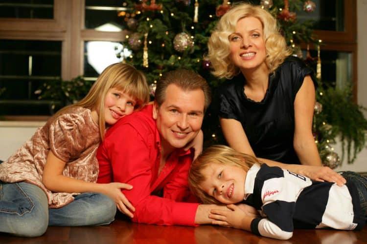 Семья и дети Александра Малинина фото