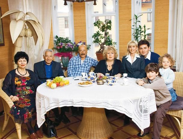 Семья и дети Александра Розенбаума фото