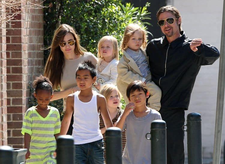 Семья и дети Анджелины Джоли фото