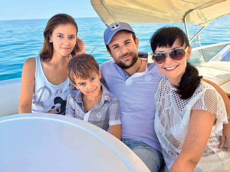 Семья и дети Нонны Гришаевой фото