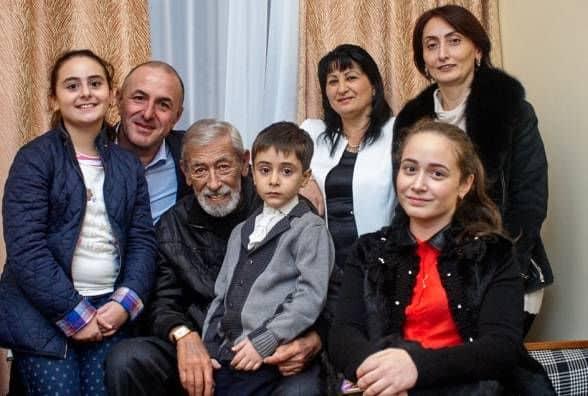 Семья и дети Вахтанга Кикабидзе фото