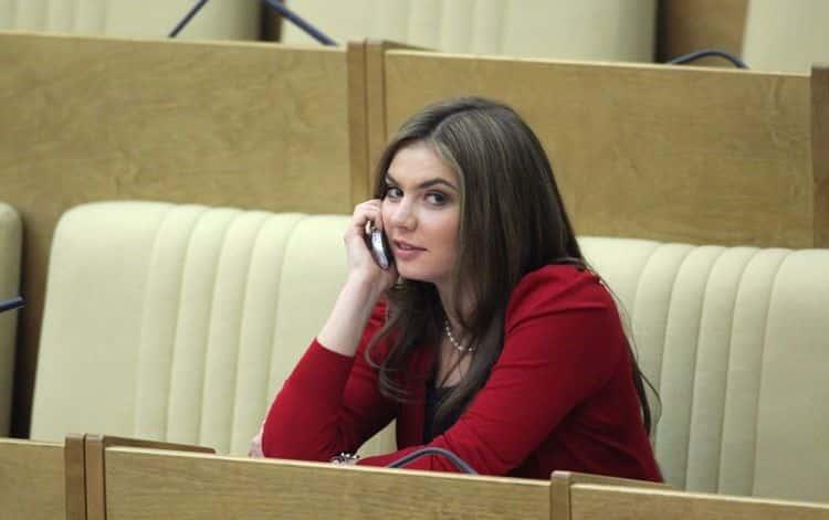 «ЖЖ» Лена Миро о Кабаевой и Путине фото