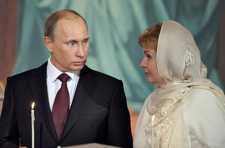 Женат ли Путин в настоящее время фото