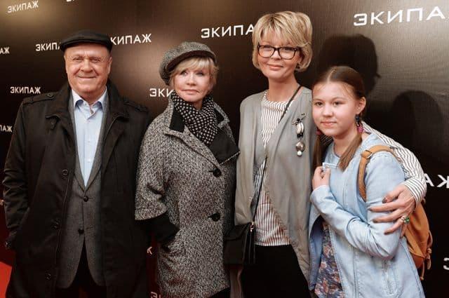 Дочь Веры Алентовой – Юлия Меньшова фото