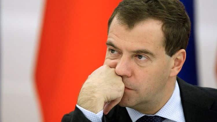 Рост, вес, возраст. Сколько лет Дмитрию Медведеву фото