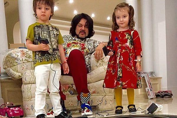Семья и дети Филиппа Киркорова фото