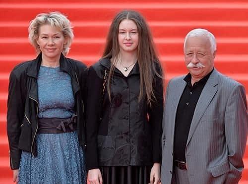 Семья и дети Леонида Якубовича фото