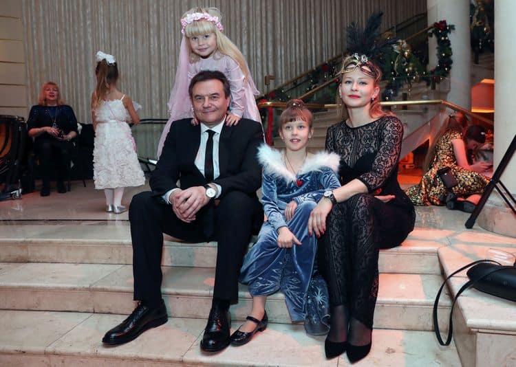 Семья и дети Алексея Учителя фото