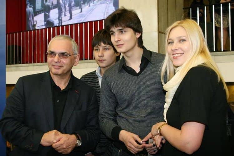 Семья и дети Карена Шахназарова фото