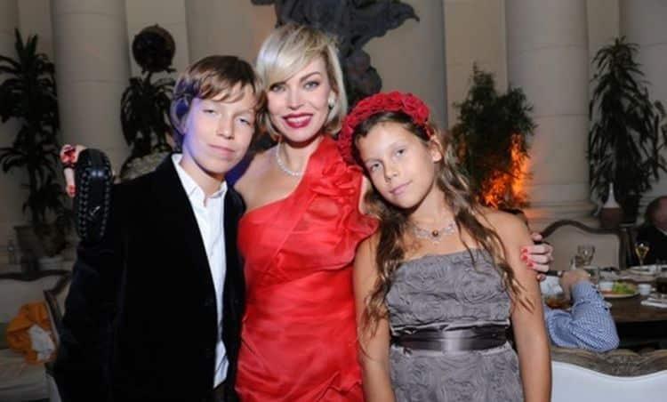 Семья и дети Лады Дэнс фото
