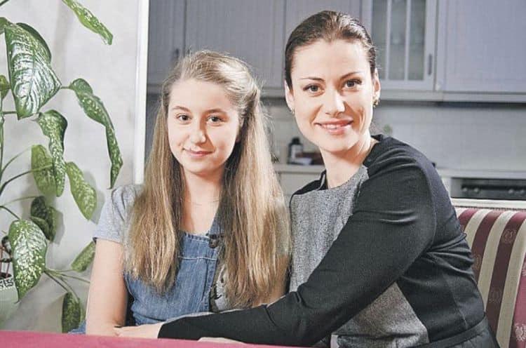 Дочка Анны Ковальчук – Злата фото