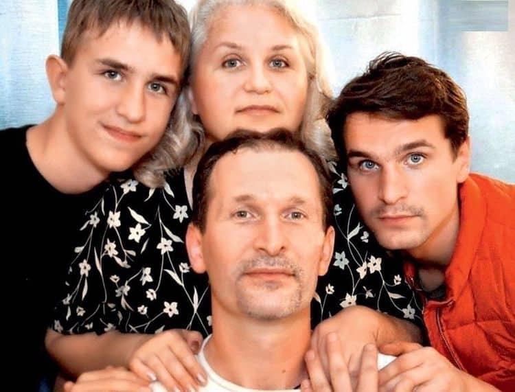 Любящая жена и замечательные дети Федора Добронравова фото