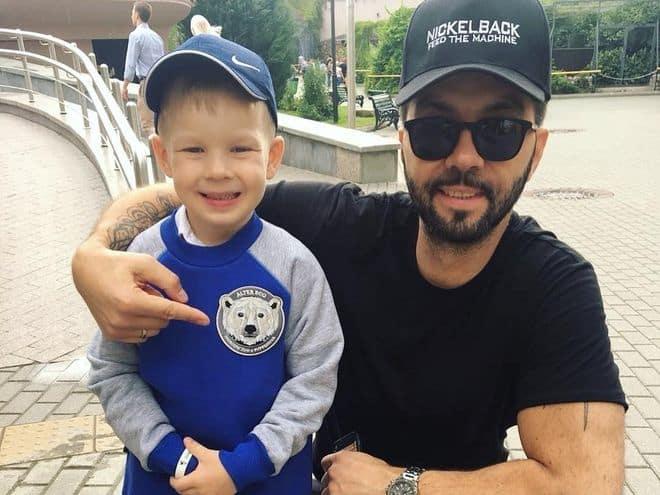 Младший сын Дениса Клявера – Даниэль фото