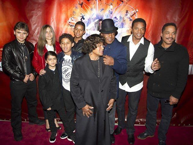 Семья короля поп-музыки фото