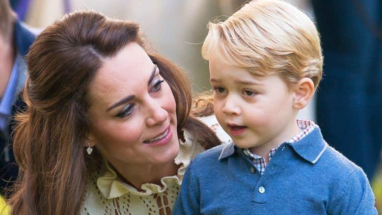 Сын Кейт Миддлтон и принца Уильяма – Джордж фото