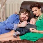 9 российских звезд, которые воспитывают «особых» детей фото