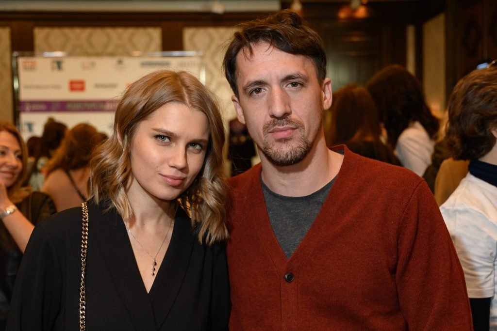 Дарья Мельникова и Артур Смольянинов фото