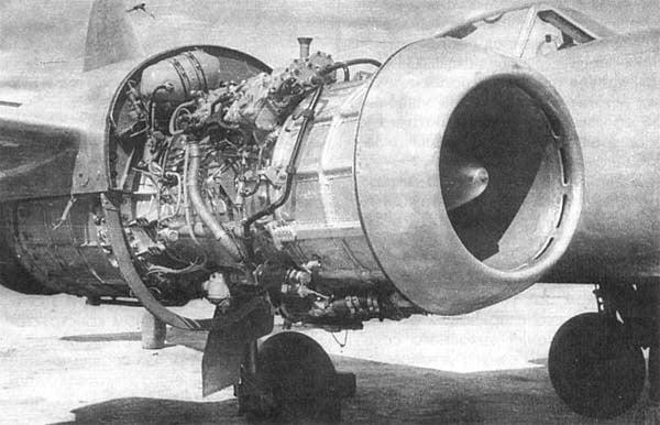 Реактивные двигатели и космонавтика фото