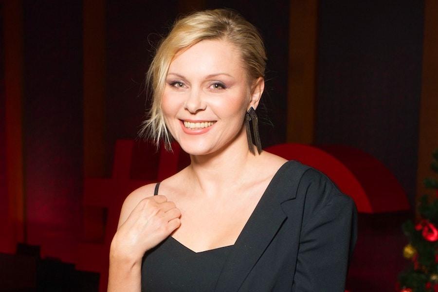 Яна Троянова фото